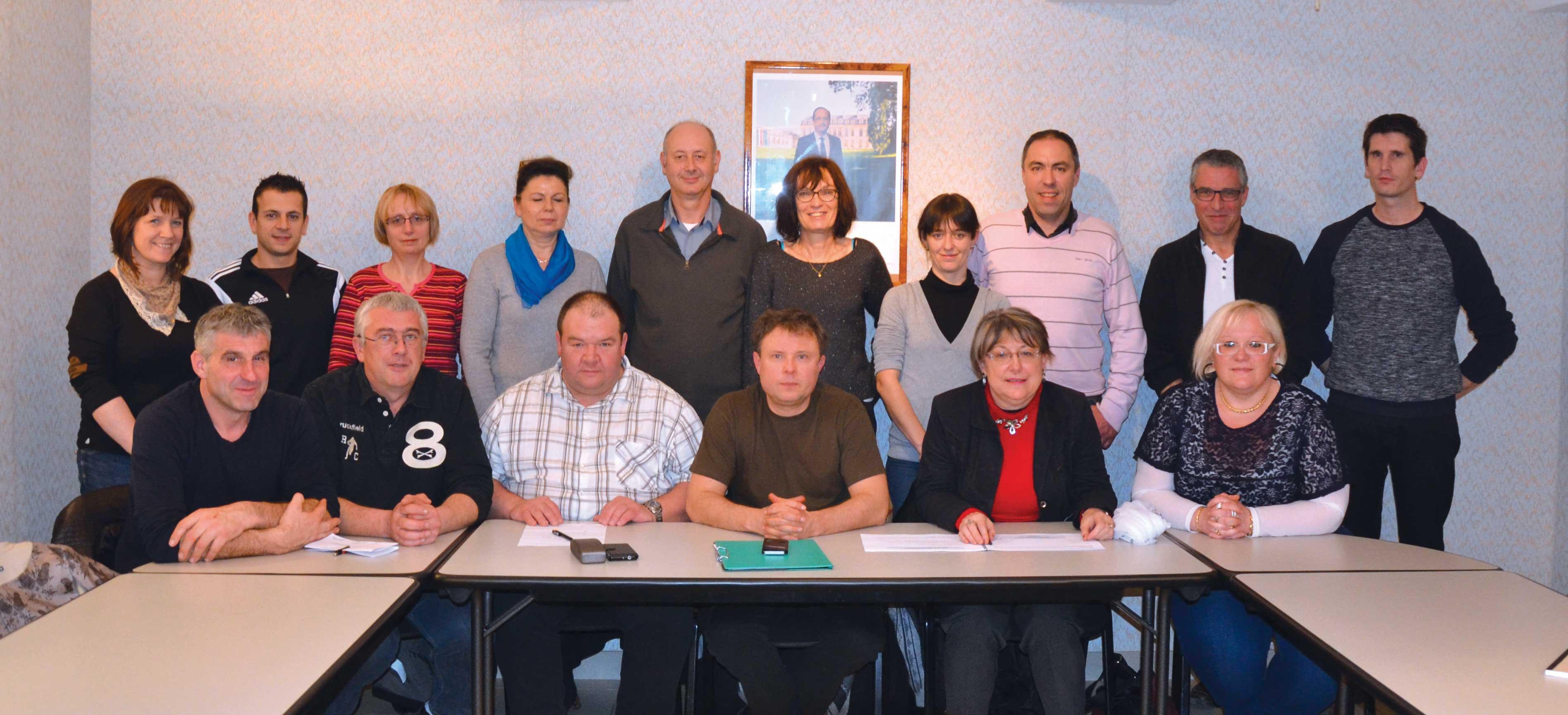 Photographie du conseil municipal de Le Rousset-Marizy