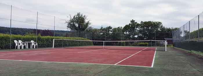 Photographie du court de tennis de Le Rousset-Marizy
