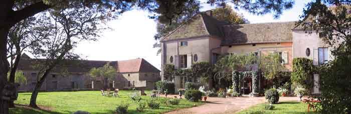Chambre d'hôtes La Fontaine du Grand Fussy à Le Rousset-Marizy
