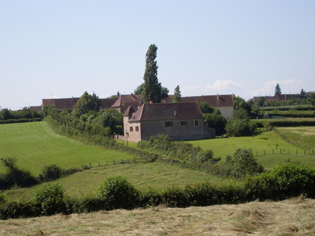 Gîte La Plainée à Le Rousset-Marizy